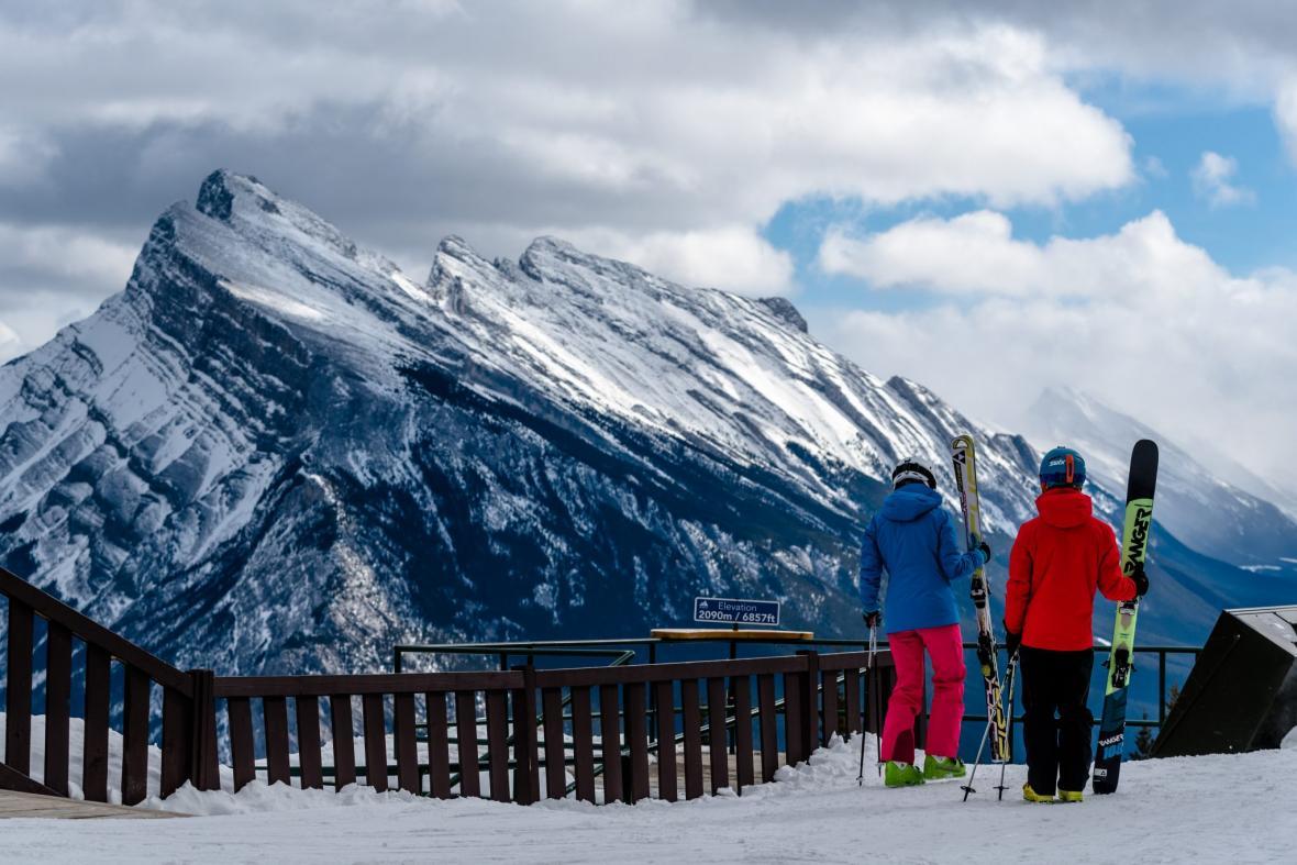 تجربه اسکی در یک تور ارزان کانادا