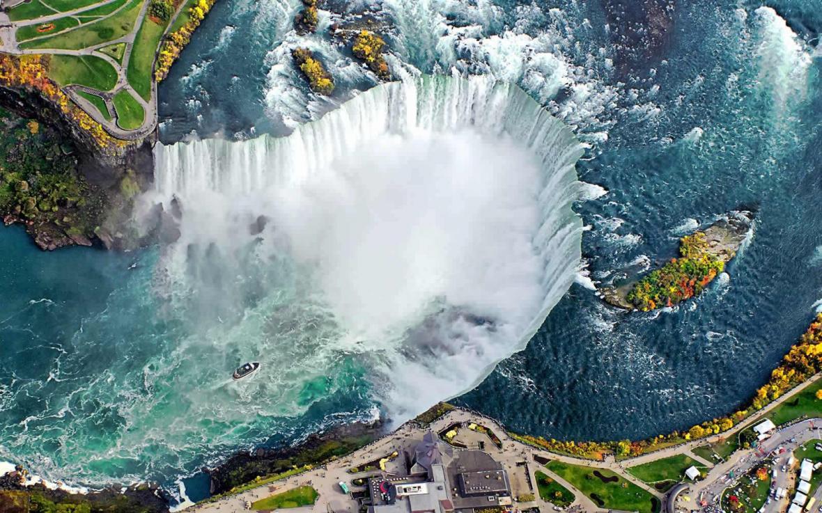 جاذبه هایی عالی برای دیدن در تور ارزان کانادا