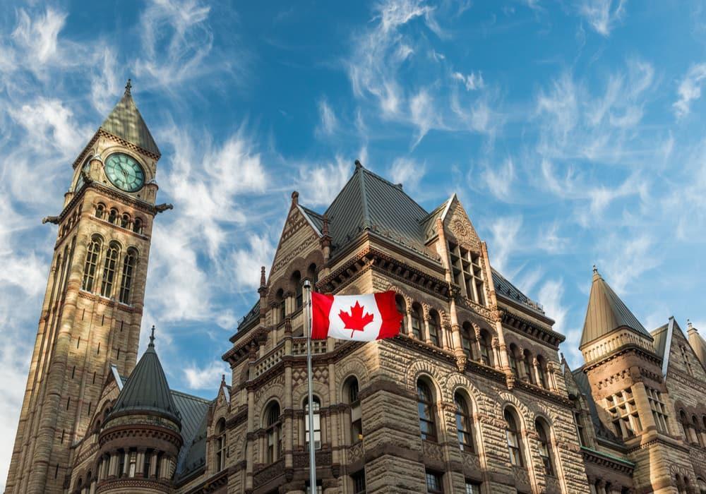 دولت کانادا در دوران کرونا به داد دانشجویان هم رسید