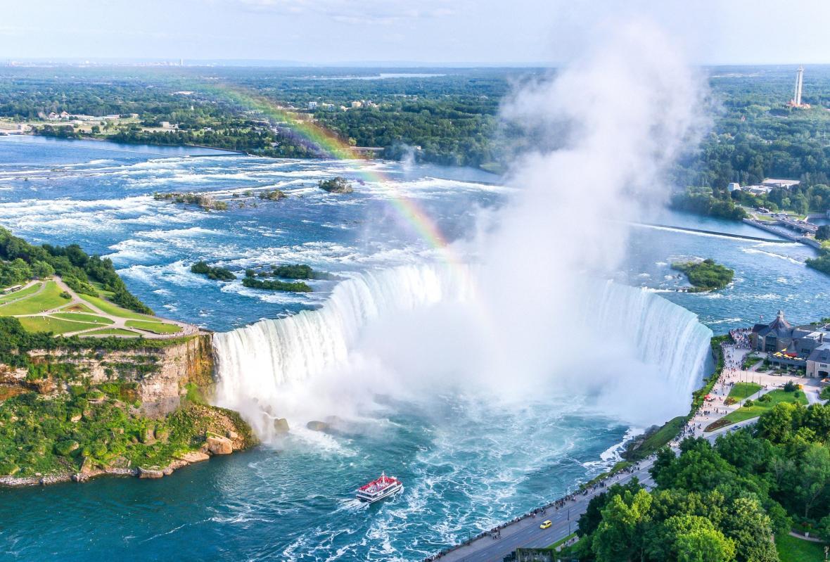 آبشار نعل اسبی کانادایی (آبشار نیاگارا)