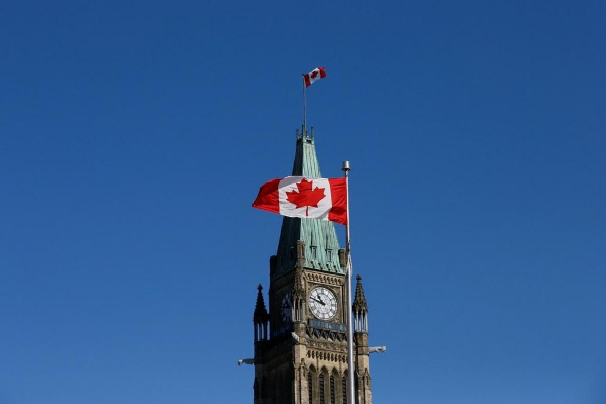چه تعداد ایرانی در کانادا زندگی می کنند؟