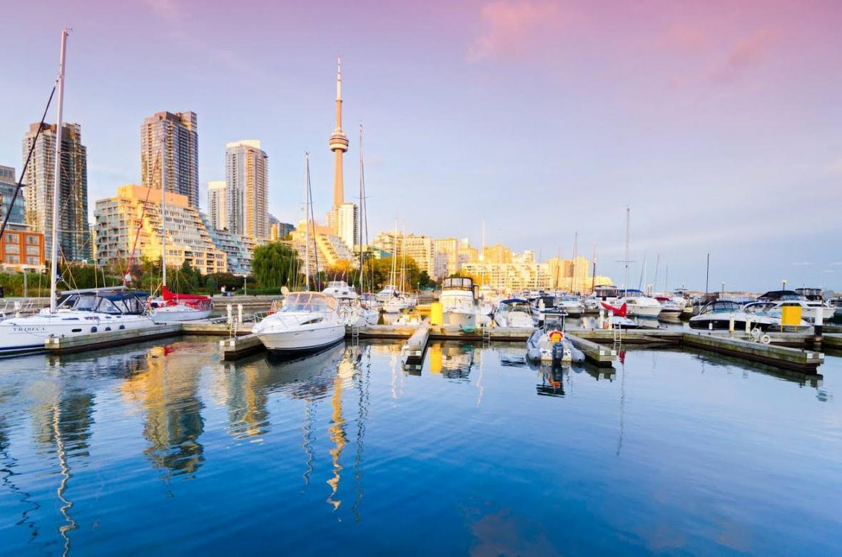 ترکیه یا کانادا؟ استانبول یا تورنتو؟ برای مهاجرت و زندگی کدام بهتر است؟