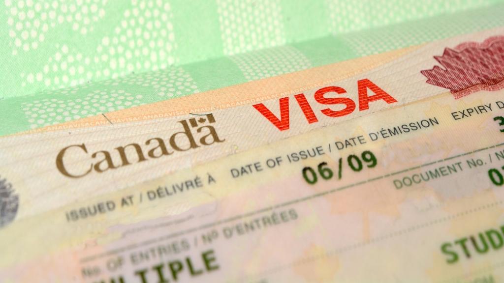 افزایش شانس قبولی اخذ ویزای کانادا (ویزای تضمینی کانادا وجود ندارد)