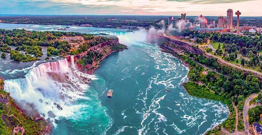 جاذبه های گردشگری در آبشار نیاگارا کانادا