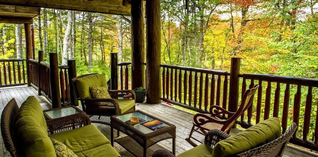 اقامتگاه لوژ تروت پوینت (Trout Point Lodge) کانادا