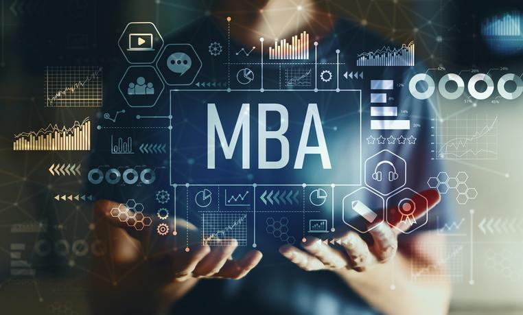 دوره های آموزش از راه دور MBA در کانادا