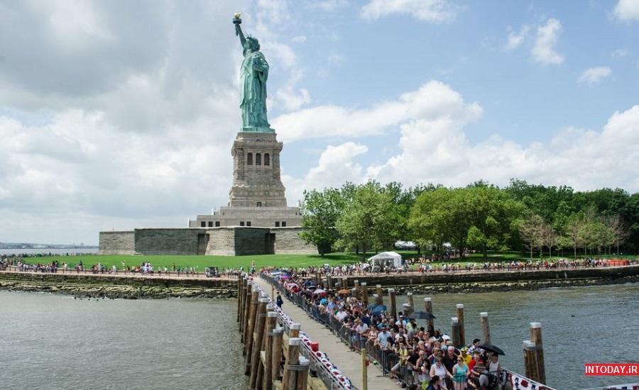 گردشی برای دیدار با مجسمه آزادی در نیویورک