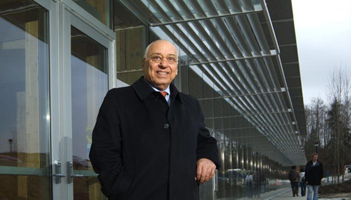 جواد موفقیان یکی از موفق ترین ایرانیان ساکن کانادا