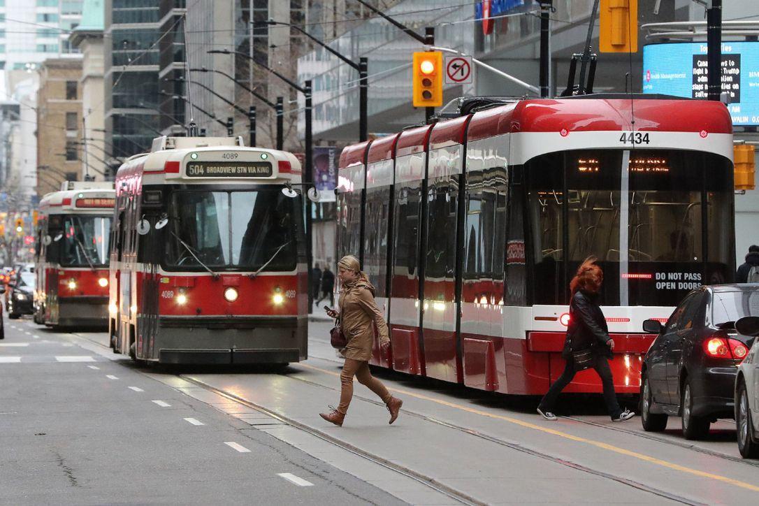 در کانادا رفت و آمد و حمل و نقل چگونه است؟