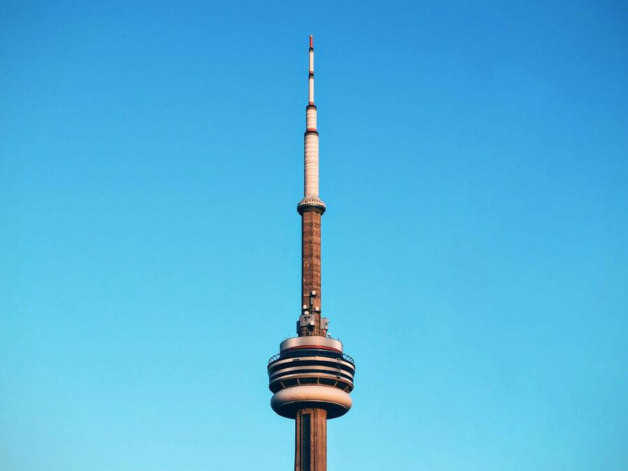 راهنمای سفر به تورنتو برای یک سفر ارزان
