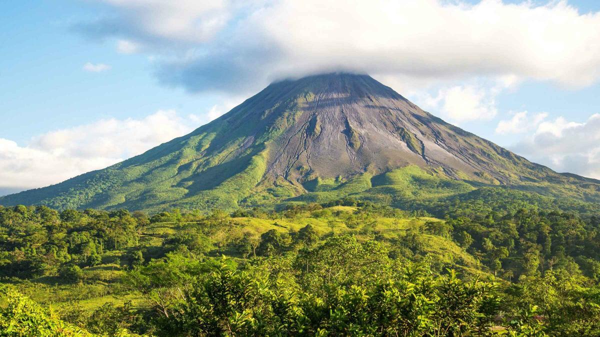 آتشفشان آرنال (Arenal) کاستاریکا