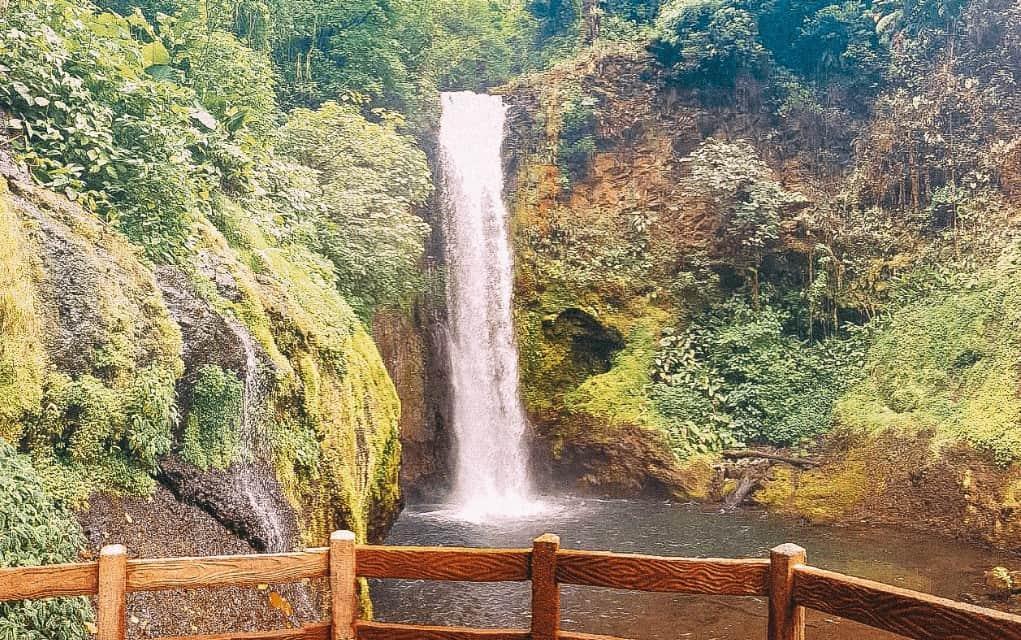 باغ های آبشار لاپاز (La Paz) کاستاریکا
