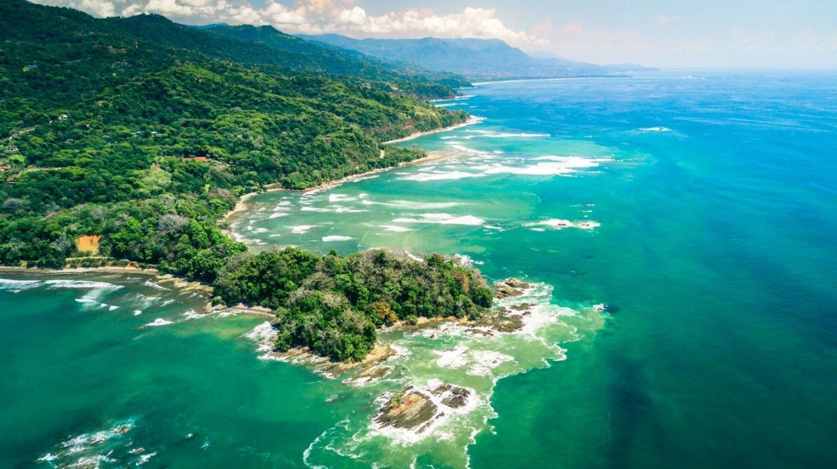 ساحل دومینیکال (Dominical) کاستاریکا
