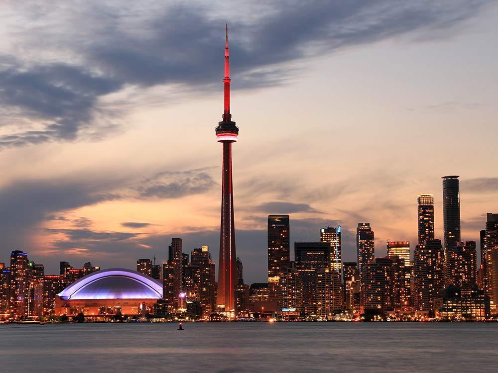 برج CN نماد شهر تورنتو از 23 جولای بازگشایی می شود