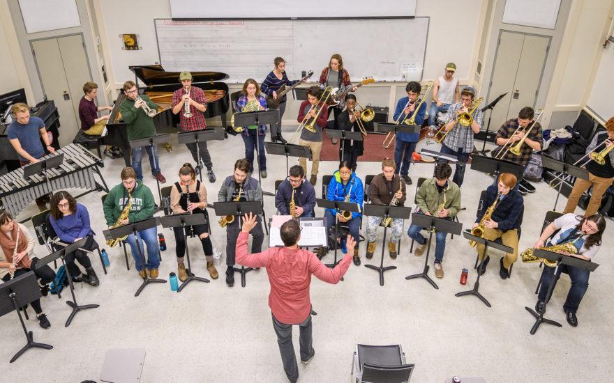 در کدام دانشگاه های کانادا میتوانید موسیقی تحصیل کنید