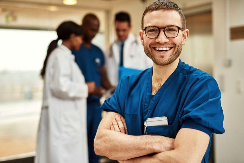 چطور میتوان در کانادا پزشک شد؟