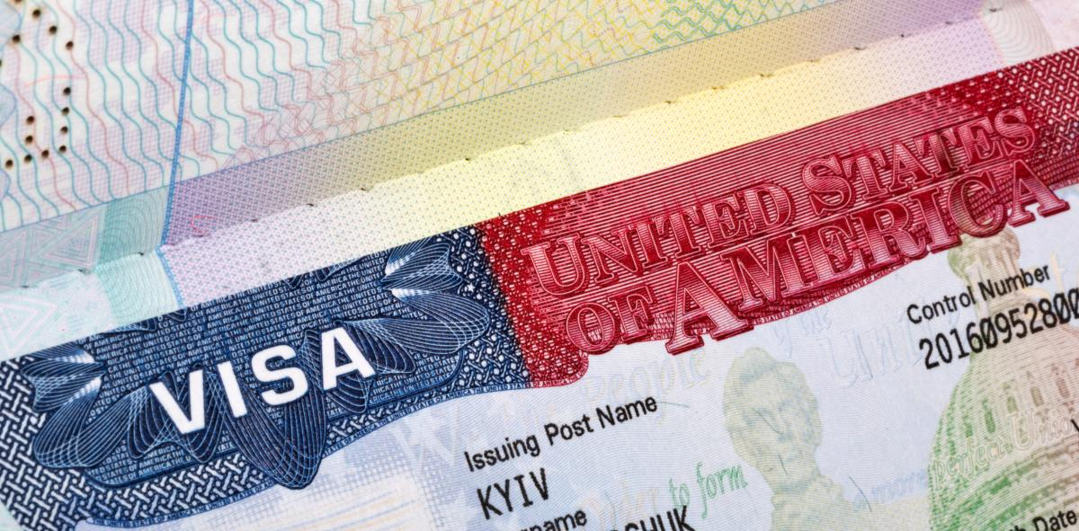 مراحل و مدارک مورد نیاز برای ویزای ترانزیت آمریکا (US C1)